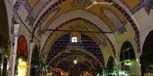 Detalle del techo del Gran Bazar, Estambul, Turquía