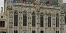 El Ayuntamiento en la Plaza Burg, Brujas, Bélgica