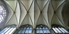 Detalle de bóvedas de la catedral de Colonia, Alemania