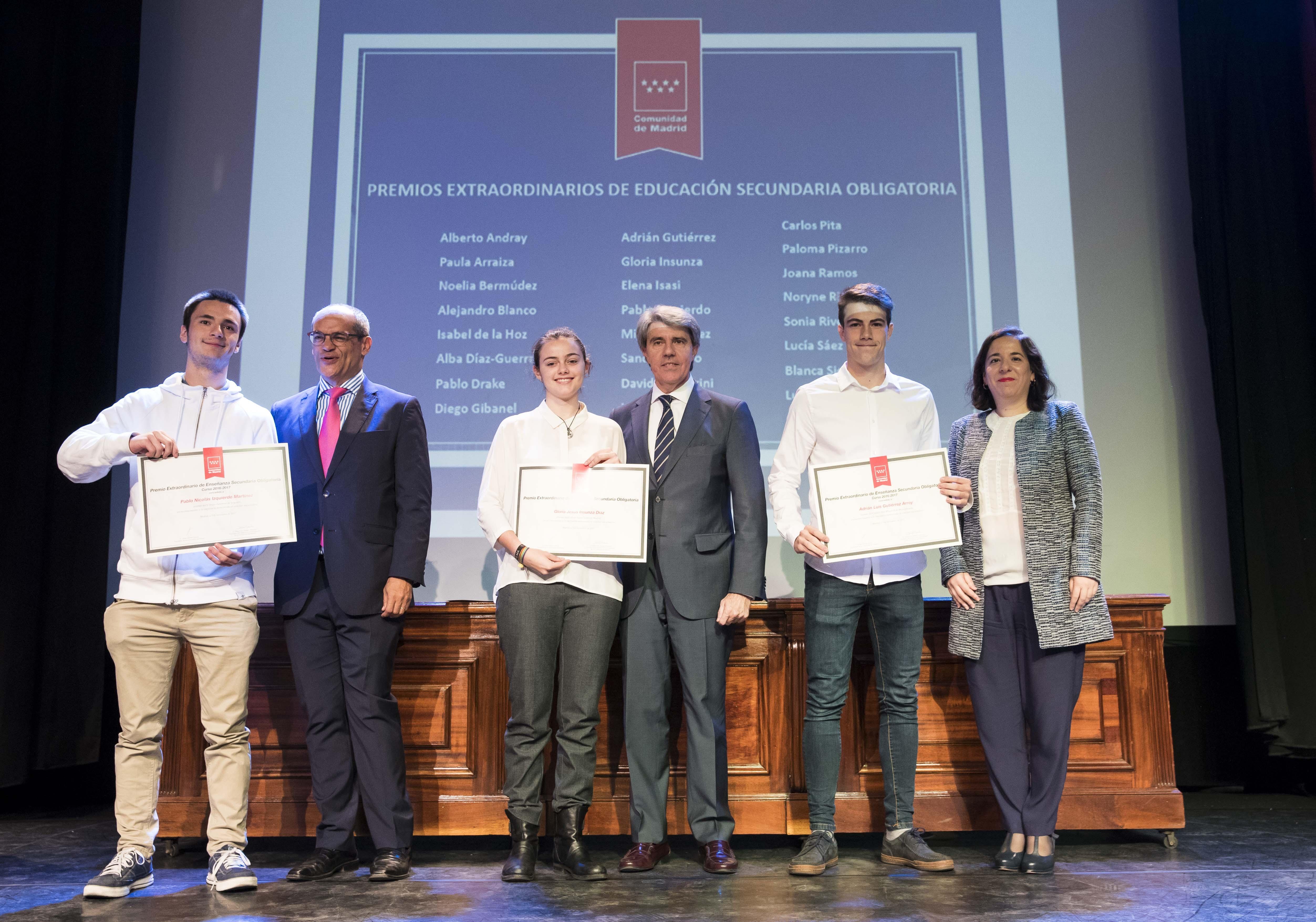 Entrega de los premios extraordinarios correspondientes al curso 2016/2017 19