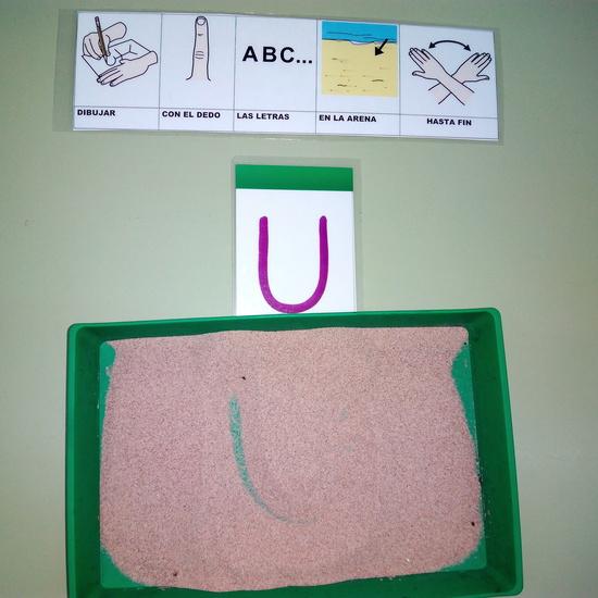 Seminario:material manipulativo para infantil y primaria adaptado a alumnos con T.E.A. 59