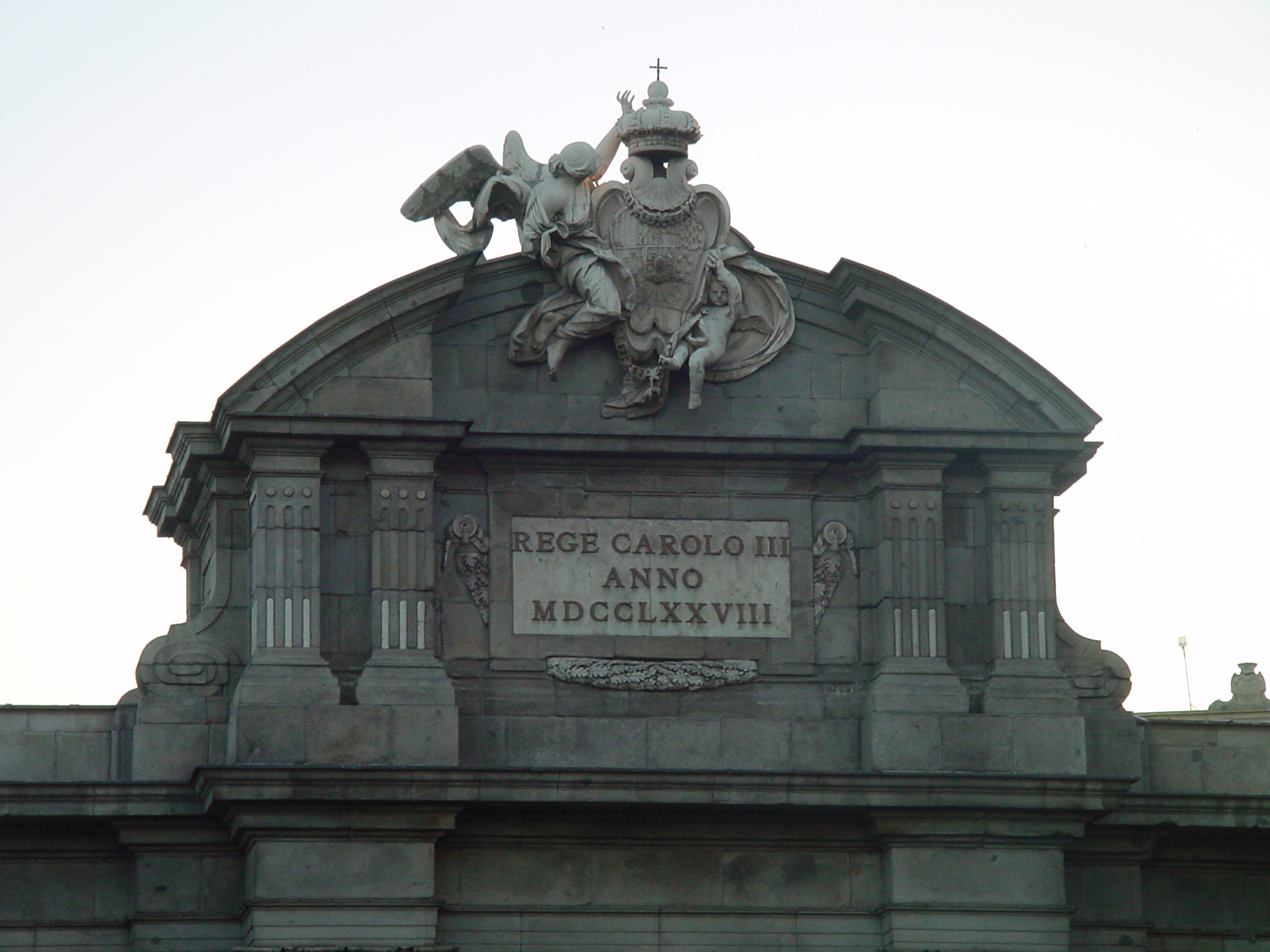 Detalle de la Puerta de Alcalá de Madrid
