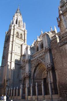 Fachada y torre de la Catedral de Toledo, Castilla-La Mancha