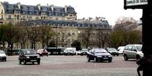 Plaza Charles de Gaulle, París, Francia