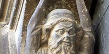 Mensula de la fachada de la Iglesia del Santo Sepulcro, Estella,