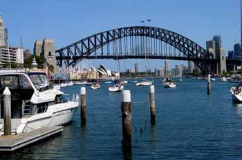 Puente de Sydney desde embarcadero, Australia