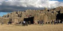 Murallas de Sacsayhuamán en Cuzco, Perú