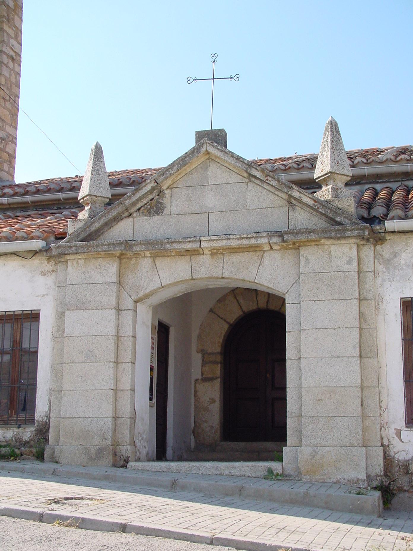 Pórtico en Navarredonda