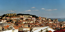 Lisboa vista desde el mirador de San Pedro de Alcántara, Portuga