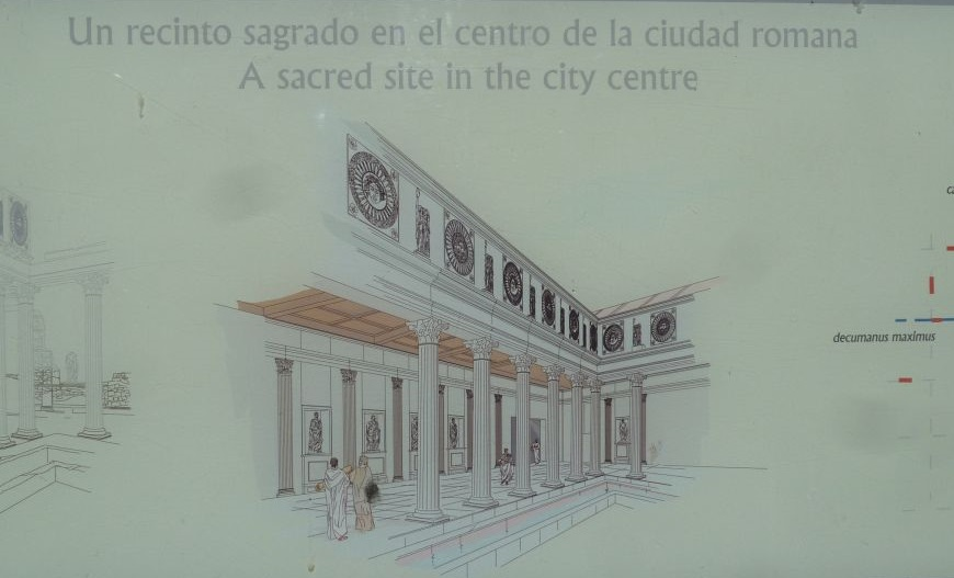 Templo romano, Mérida (esquema)