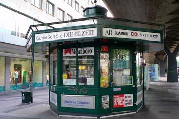 Quiosco de calle en Dusseldorf, Alemania