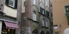 Via Pescheria, Lucca