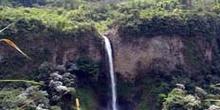Cascada Manto de la Novia, Baños, Ecuador