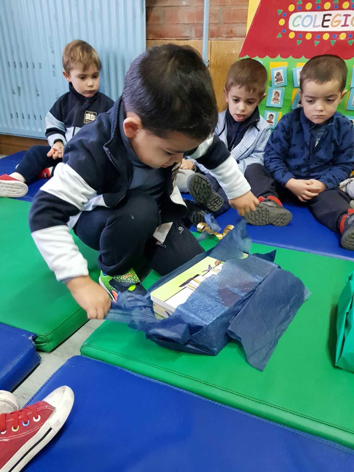 2019_01_08_Los buhos reciben sorpresas_CEIP FDLR_Las Rozas 6