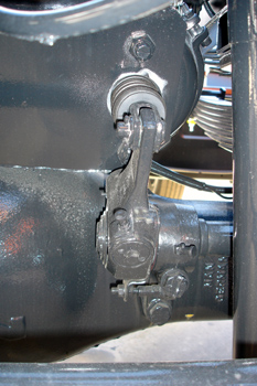Vehículos industriales. Bieleta de mando y regulación de freno