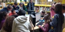 2019_04_04_Quinto visita la Biblioteca de Las Rozas_CEIP FDLR_Las Rozas 7