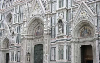 Detalle de la puerta del Duomo, Florencia