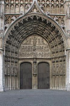 Frontispicio de la Catedral de Nuestra Señora de Amberes, Bélgic