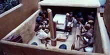 Escultura representación de trabajos en madera, Egipto