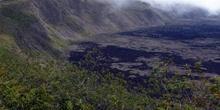 Cráter del Volcán Sierra Negra en la Isla Isabela, Ecuador