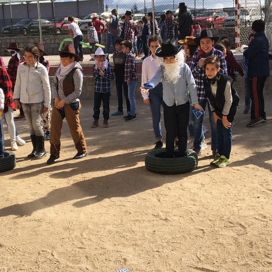 6º disfrutando del Carnaval: El Rodeo de Texas. 18