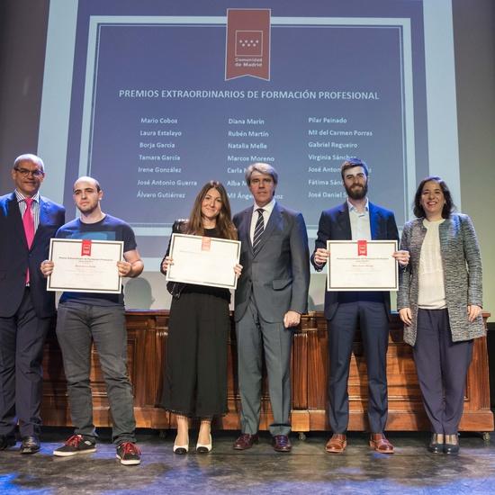 Entrega de los premios extraordinarios correspondientes al curso 2016/2017 14