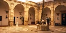 Patio renacentista, Alcázar de los Duques de Feria - Zafra