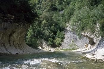 Erosión del terreno en las orillas del río Vero, Huesca