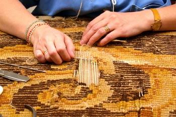 Fabricación artesanal de alfombra