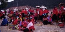 Grupo de personas en las fiestas patronales de San Lorenzo, en Z
