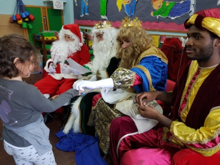 Los RRMM  Papá Noel en 1º (1) 12