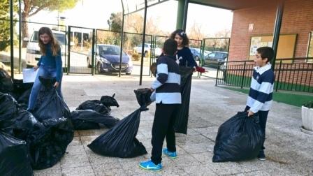 Litter Less Campaign_Reciclado de los Residuos 16