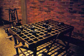 Mesa para el secado de botellas de sidra, Museo de la Sidra de A