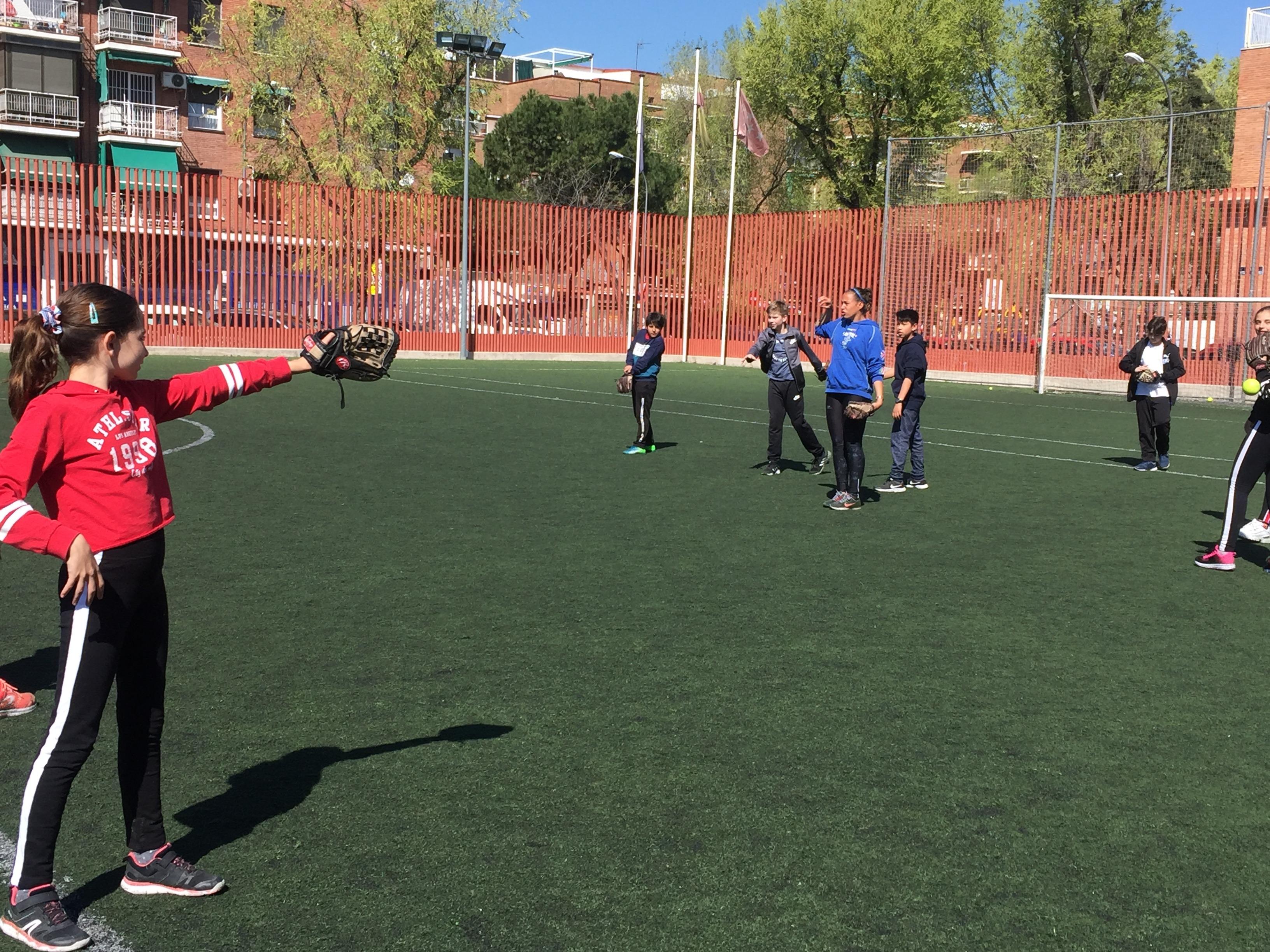MAÑANAS ACTIVAS. Polideportivo San Vicente de Paul. 10