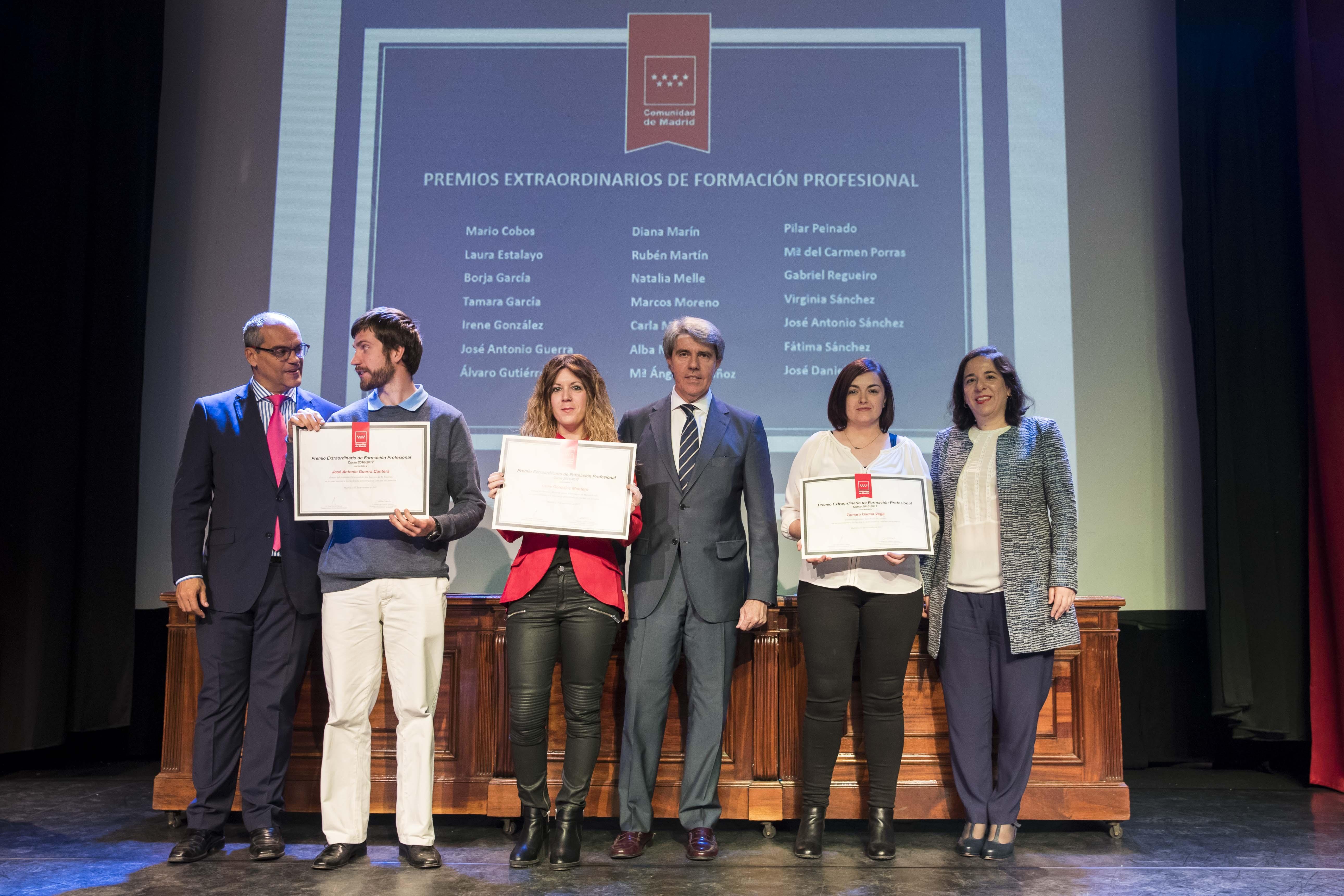 Entrega de los premios extraordinarios correspondientes al curso 2016/2017 22