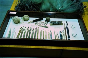Agujas de madera para coser redes, Museo Marítimo de Asturias, L