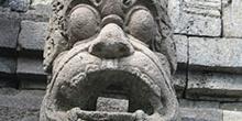 Detalle evacuación aguas, Templo Borobudur, Jogyakarta, Indonesi