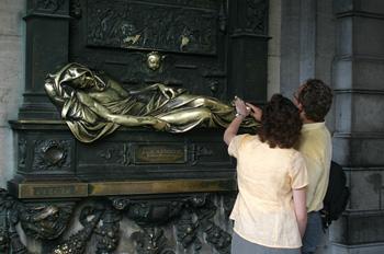 Escultura de la suerte, Everard´t Serclaes, Bruselas, Bélgica