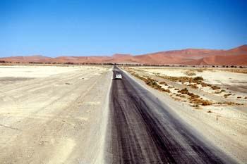 Carretera hacia el desierto, Namibia