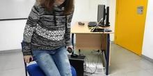 Movimientos del brazo para uso de un pulsador