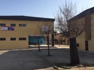 Patio y edificio A