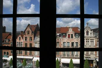 Oude Markt, Lovaina, Bélgica