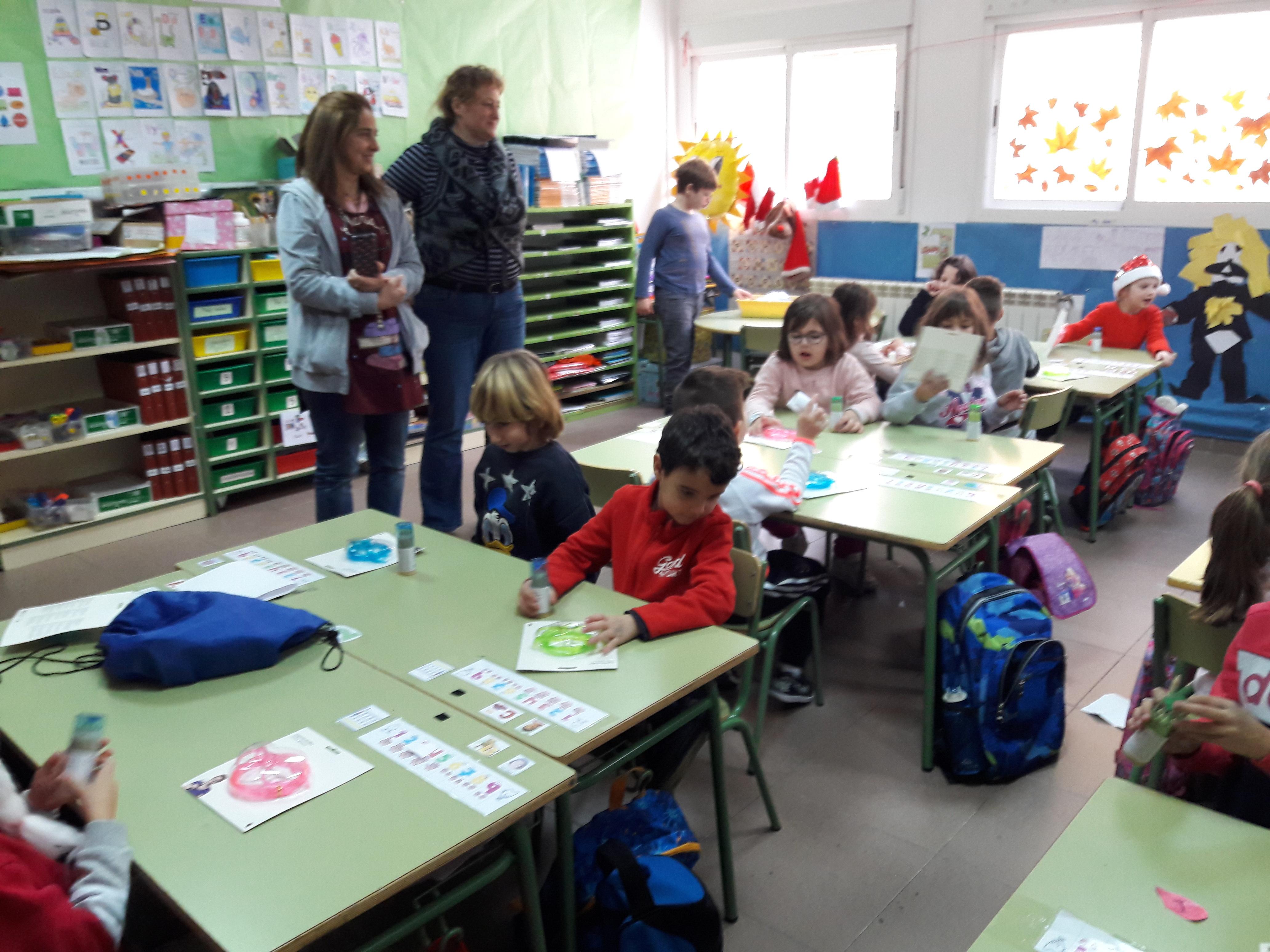Santa Claus comes to School 12