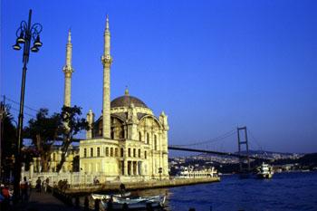 Mezquita de Ortaköy, Estambul, Turquía