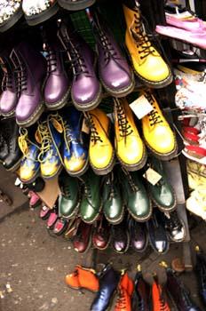 Tienda en el mercadillo de Camden, Londres