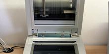Escaner plano de traslúcidos Epson