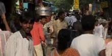 Bazar contre supermarchés: l'Inde en pleine révolution
