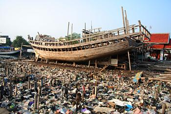 Barco en construcción, Jakarta