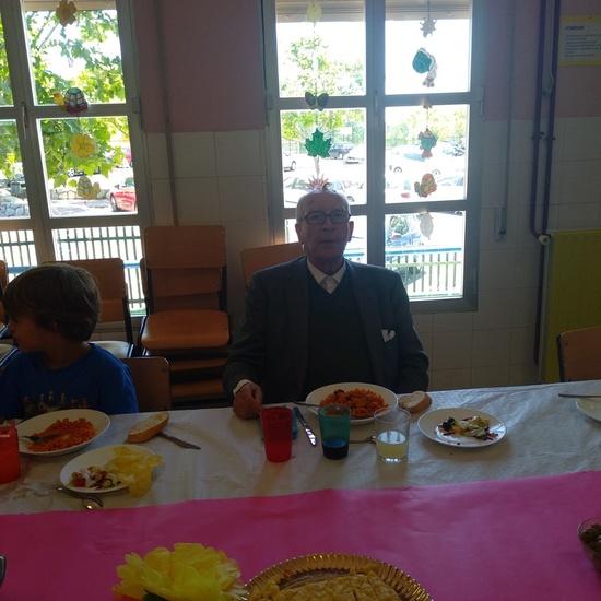 Comida de 1º con los mayores de los LLanos 4