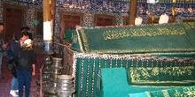 Ataúdes de altos cléricos en Suleymaniye Camii, Estambul, Turquí